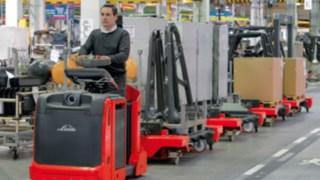 Logistiktåg – lösningar för produktionslogistik från Linde Material Handling.